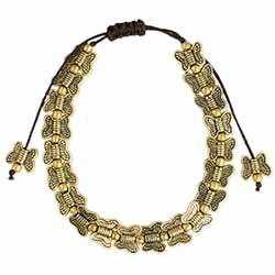 Butterfly Bunch Gold Pull Bracelet
